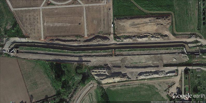 Foto aerea di area soggetta a intervento bonifica di terreni contaminati - Milano zona Nosedo