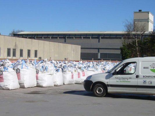 Bonifica amianto in matrice compatta - rifiuti per smaltimento - Meda - Monza Brianza
