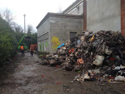 Intervento di rimozione e smaltimento di rifiuti industriali - Parabiago - Milano