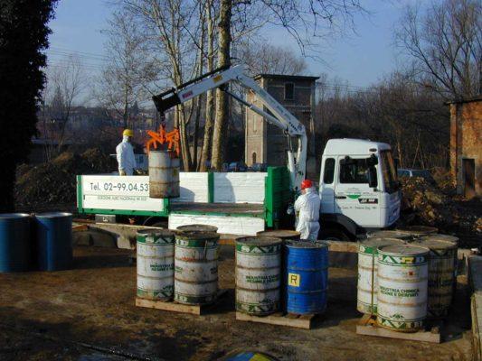Servizio di rimozione e smaltimento di rifiuti chimici industriali Marnate - Varese