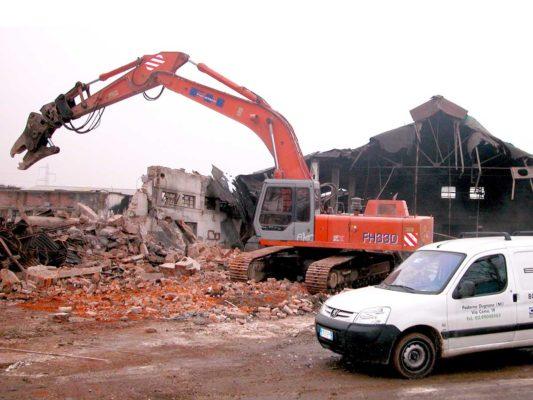 Cantiere di bonifica e demolizione fabbricati industriali area ex Irca - Cesano Maderno - Milano