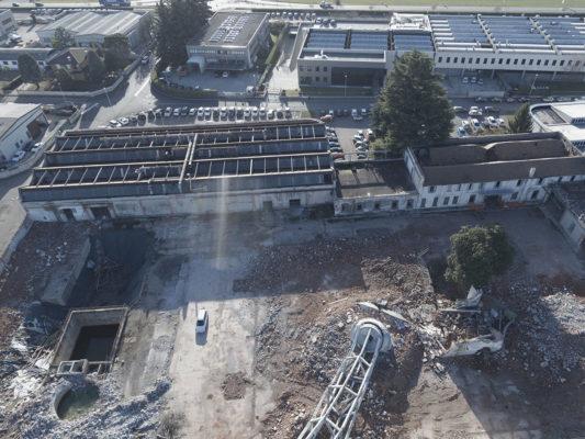 Referenze video con drone dopo demolizione torre ex stabilimento Tintotex - Parabiago - Milano
