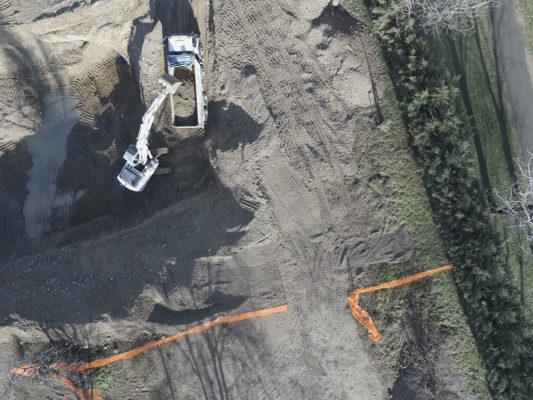 Fotografie aeree e videoriprese con drone : indagine visiva per monitoraggio attività di bonifica terreni inquinati a Milano
